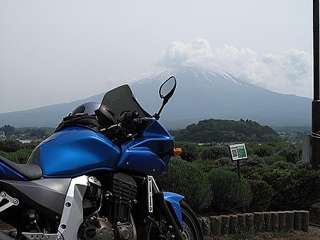 Zと富士(河口湖北岸)