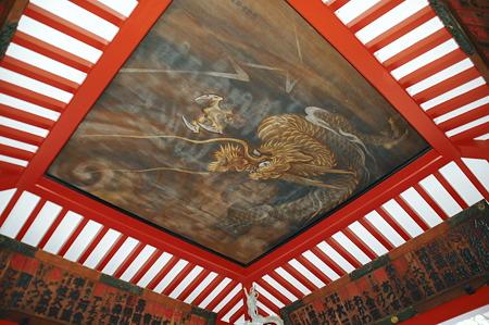 2010年04月29日浅草寺手水舎天井