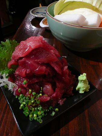 新橋・立ち飲み 竜馬 マグロ中落ち(小) 400円