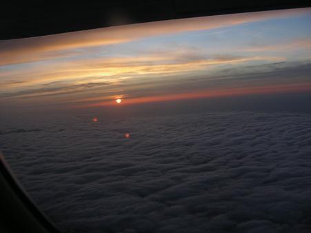 機内から見る夕日