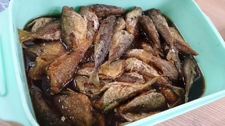 豆アジとネンブツダイとサバゴの南蛮漬け