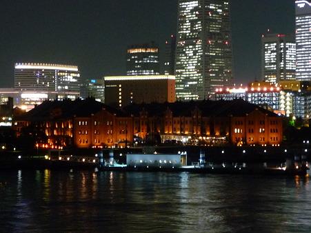 100922-大桟橋夜 (19)