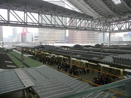 101113-大阪駅 (2)