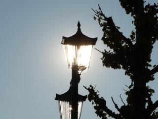 夕日の街灯