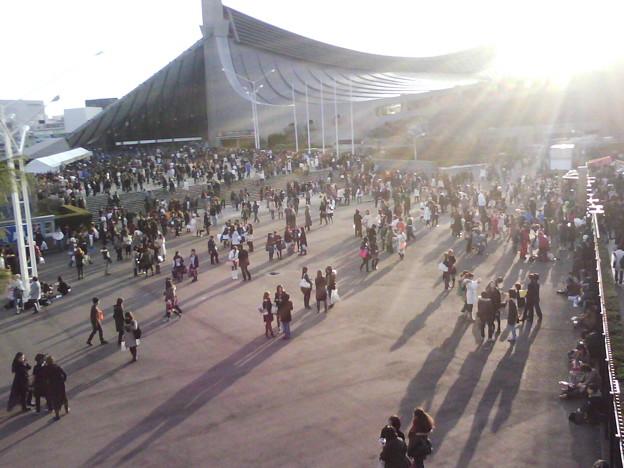 写真: T0010062-代々木第一体育館前広場