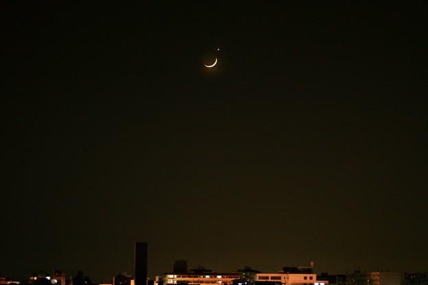 月と金星のランデブー