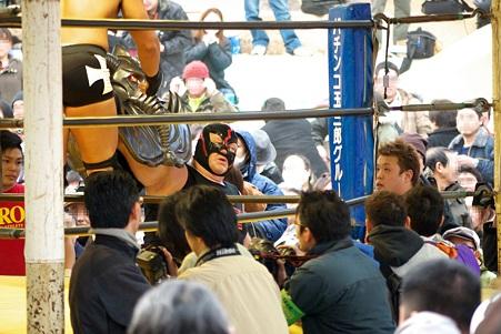 2011.03.27 靖国神社 ZERO1奉納プロレス ビッグバン・ベイダー