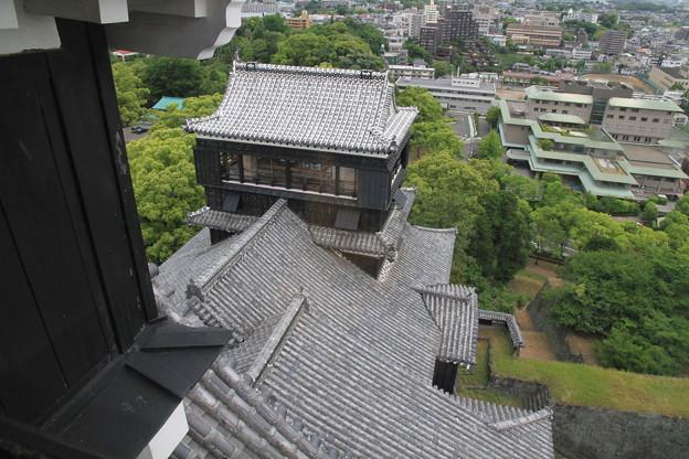 写真: 100518-65九州ロングツーリング・熊本城・大天守より小天守