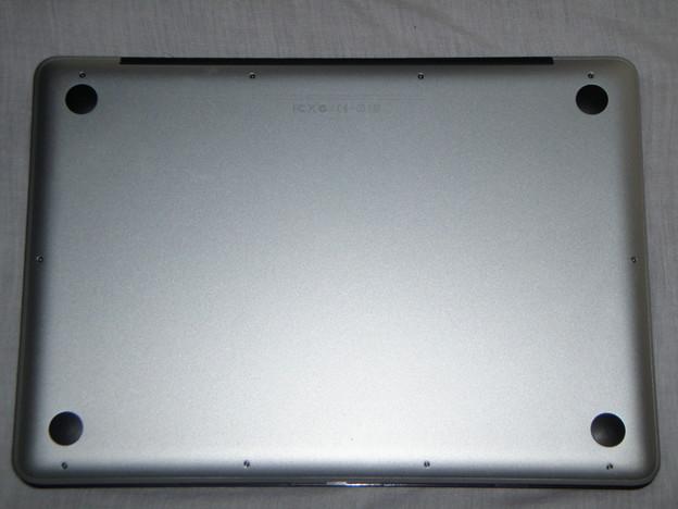 MacBook Pro  - 裏_P5160015