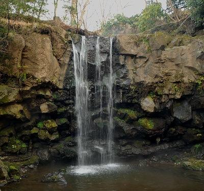 白絹の滝1