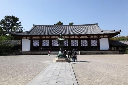 c-110505-150250 法隆寺 大講堂