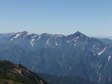 鑓ヶ岳山頂から望む立山連峰